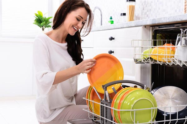 woman-dishwasher-clean-dishes